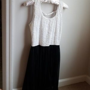 NWT High Low Lace dress